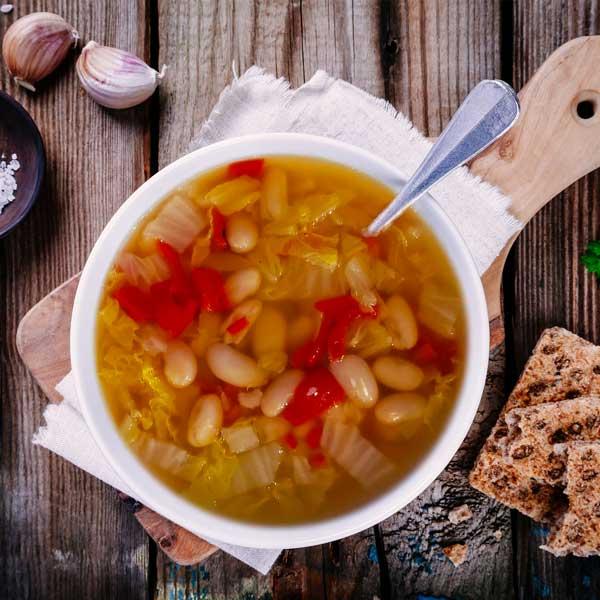 Soupe aux legumes et haricots blancs